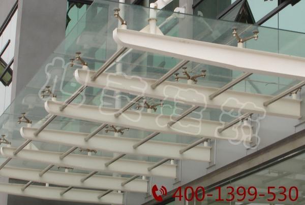 鋼結構雨棚